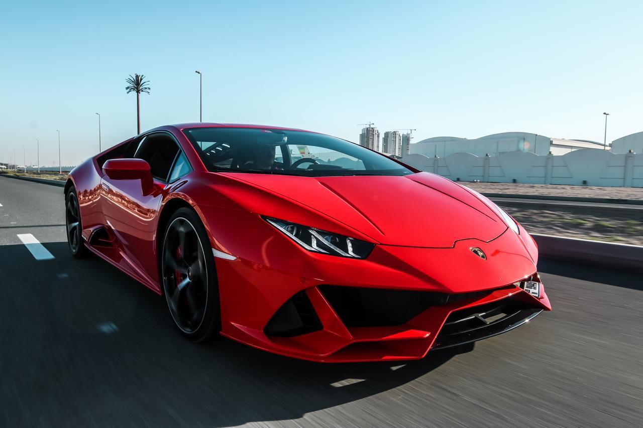 Red Lamborghini Huracan Evo 2019